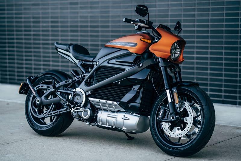 ハーレー】電動バイク「LiveWire(ライブワイヤー)」の市販予定モデルを発表!| バイクブロス・マガジンズ