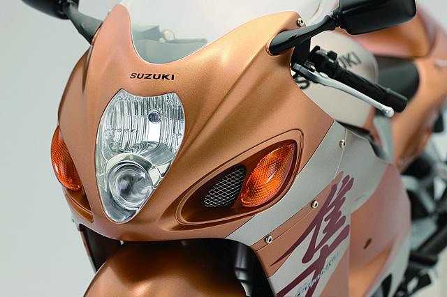 週刊『スズキ ハヤブサ GSX1300R』オリジナル1/4スケールモデル
