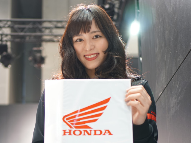 第43回東京モーターサイクルショー コンパニオン写真集