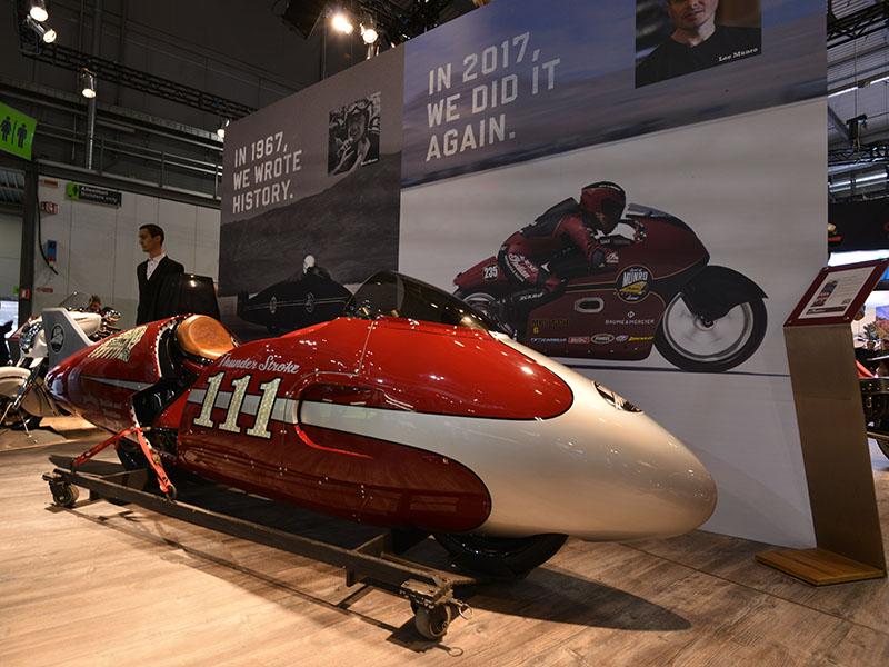 ワークスレーサーをイメージしたスカウトFTR1200カスタムに注目【EICMA2017/インディアンブース速報】