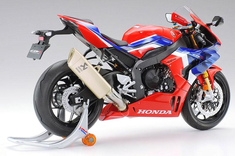 タミヤ 1/12 Honda CBR1000RR-R FIREBLADE SP 記事2