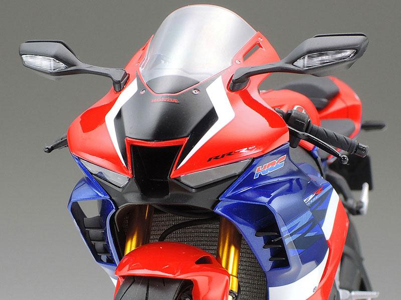 タミヤ 1/12 Honda CBR1000RR-R FIREBLADE SP 記事4