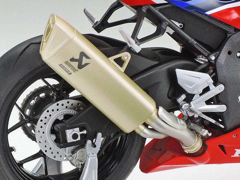 タミヤ 1/12 Honda CBR1000RR-R FIREBLADE SP 記事6