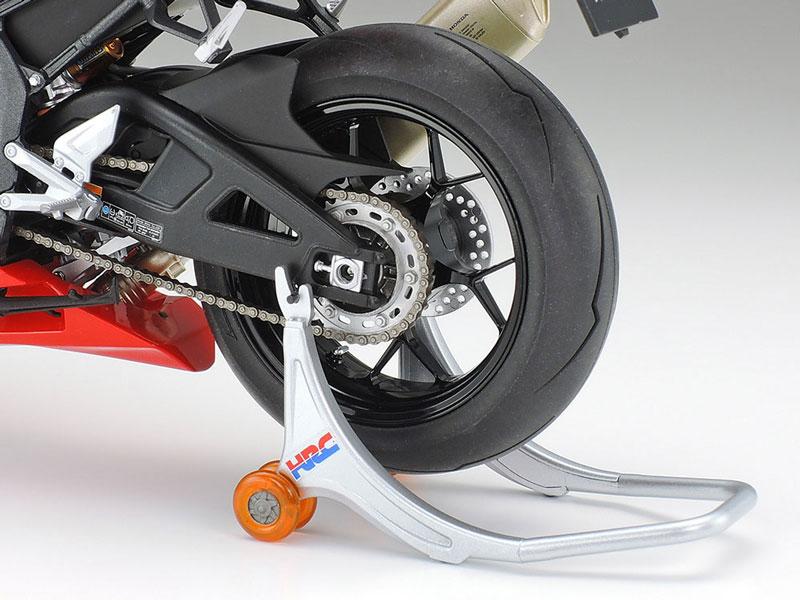 タミヤ 1/12 Honda CBR1000RR-R FIREBLADE SP 記事8