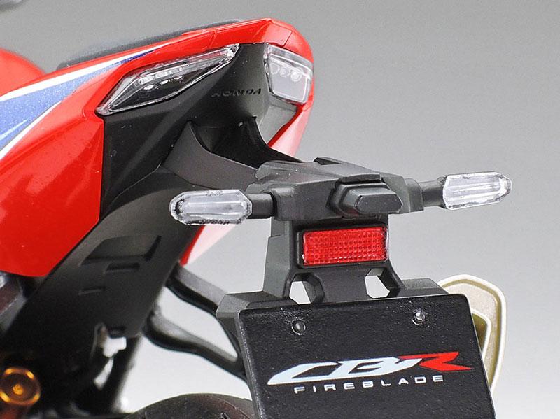 タミヤ 1/12 Honda CBR1000RR-R FIREBLADE SP 記事9