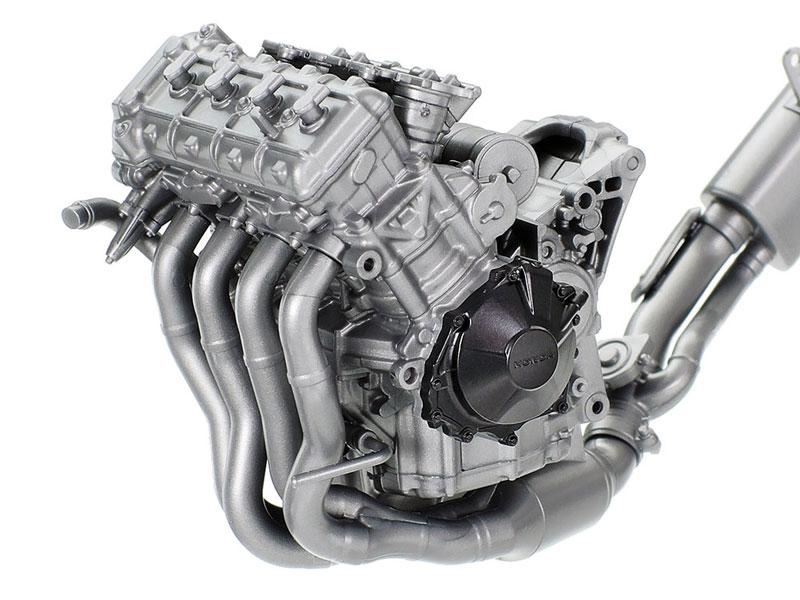 タミヤ 1/12 Honda CBR1000RR-R FIREBLADE SP 記事11