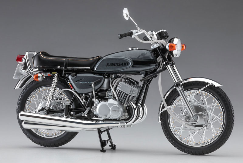 ハセガワから1/12スケールのプラモデル「カワサキ 500-SS/MACH III(H1)」が7月末に発売 記事2