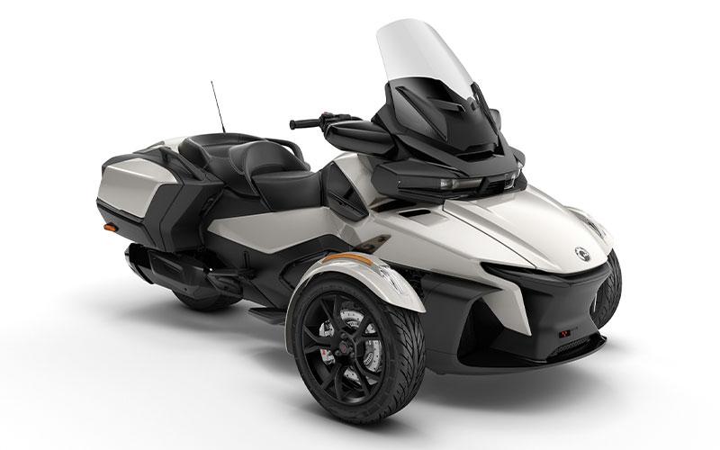 3輪モーターサイクル「Can-Am Spyder RT」がフルモデルチェンジ 記事2