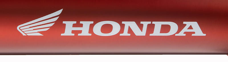 ホンダとモンベルのコレボレーションアイテム「Honda mont-bell ストームクルーザージャケット」および「Honda mont-bell サンダーパスジャケット」が全国の Honda Dream で発売 記事6