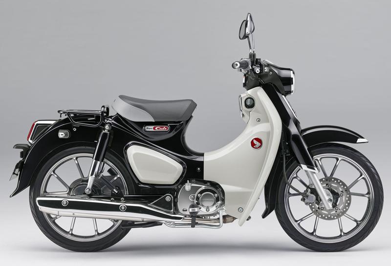 ホンダが「スーパーカブ C125」に新色「パールシャイニングブラック」を追加し2020年7月31日(金)に発売 メイン