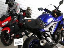 250ccのスポーツバイク専用に設計された防水サイドバッグ「ターポリンサイドバッグ25」がドッペルギャンガーからリリース メイン