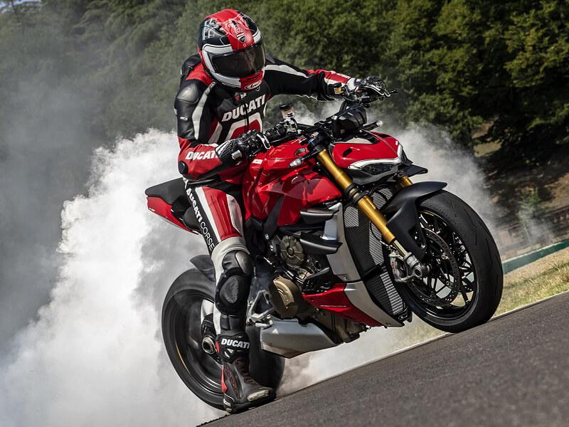 ドゥカティレッドに染まる夏! バイカーズパラダイス南箱根で「Ducati Red Summer」が8/31まで開催 記事2