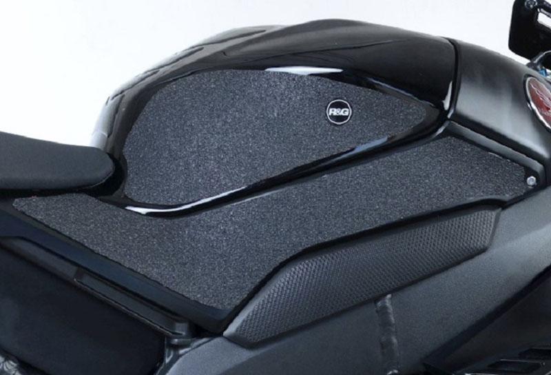 ネクサス「HONDA CBR1000RR-R/SP(20-)用タンクトラクショングリップ&ブーツガード」記事01