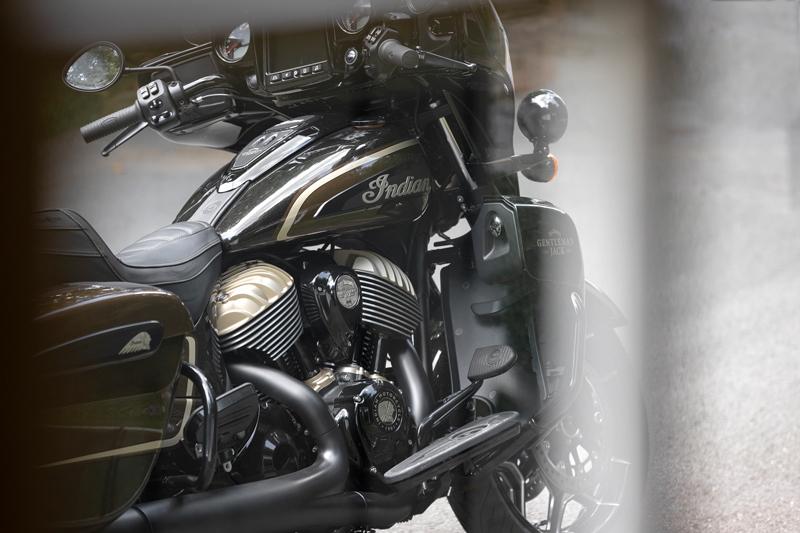 Roadmaster Dark Horse JACK DANIEL'S Limited Edition 記事4