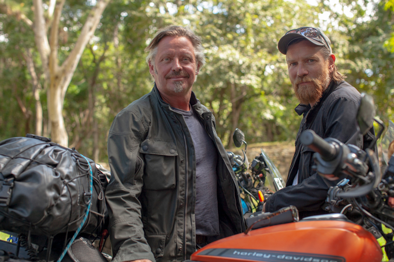 【ハーレー】ユアン・マクレガーとチャーリー・ブアマンが電動モーターサイクル「LiveWire(R)」で1万3,000マイルを走る! 記事1