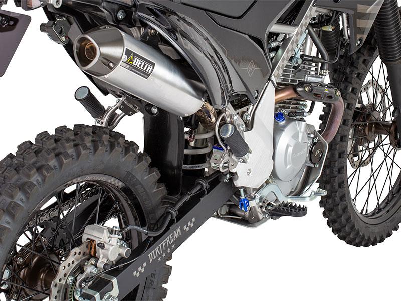 ダートフリークから KLX230シリーズ用のサスペンションスプリングとキックスタンドが発売 メイン