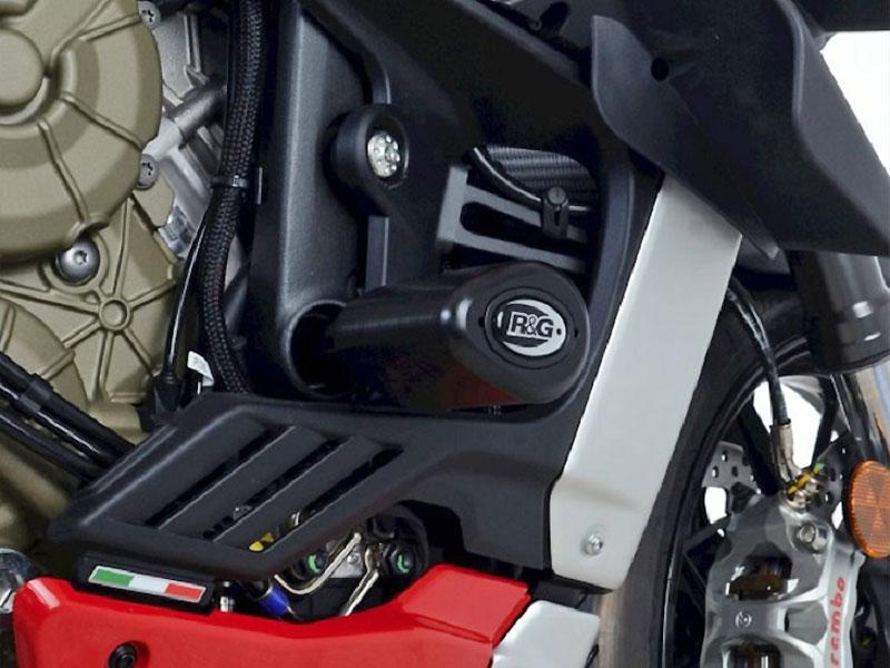 ストリートファイターに鎧を纏う! ネクサスから DUCATI Streetfighter V4('20~)用のスライダーとプロテクターが発売 記事3