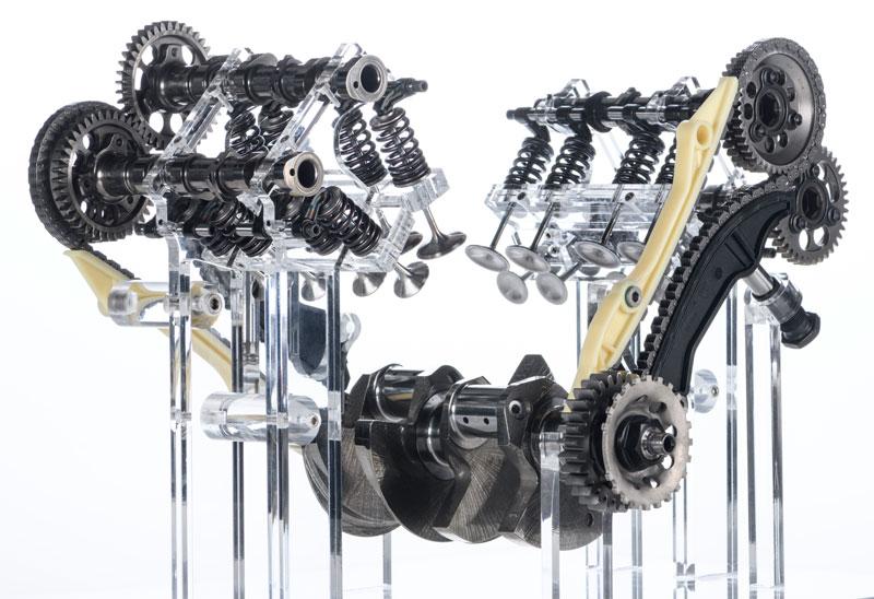 ドゥカティ 新型エンジン「V4グランツーリスモ」を公開 記事2