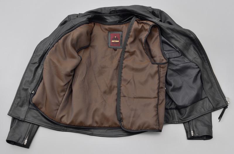 デイトナからバリュープライスの革ジャン「DL-003 ダブルライダースジャケット」が11月下旬にリリース 記事3