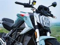 【ゼロモーターサイクルズ】電動バイク「SR/F」をおトクに購入できるモニターキャンペーンを開始! サムネイル