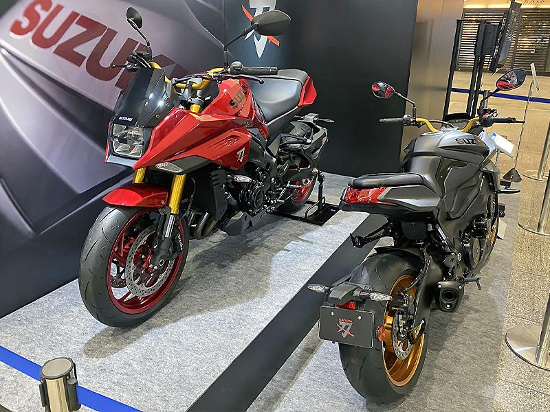 【スズキ】WEB モーターサイクルショー2020に参考出品した「KATANA 特別色」を東京・名古屋で展示 メイン