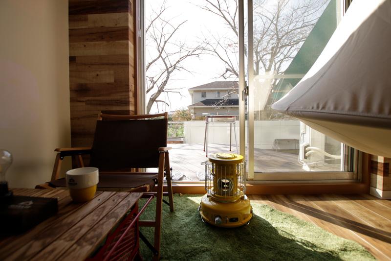 室内でもキャンプや BBQ を楽しめる? 複合宿泊施設 365BASE outdoor hostel が「CAMP ダブルベッドルーム」を新設 記事3
