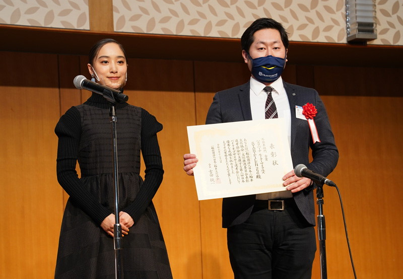 「SVARTPILEN 250」が日本バイクオブザイヤー2020の外国車部門で金賞に輝く 記事2