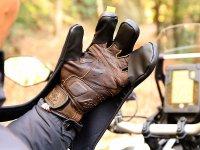 ウェットスーツ素材で寒風をブロック! ドッペルギャンガーから「バイク用オーバーグローブ」が登場 メイン
