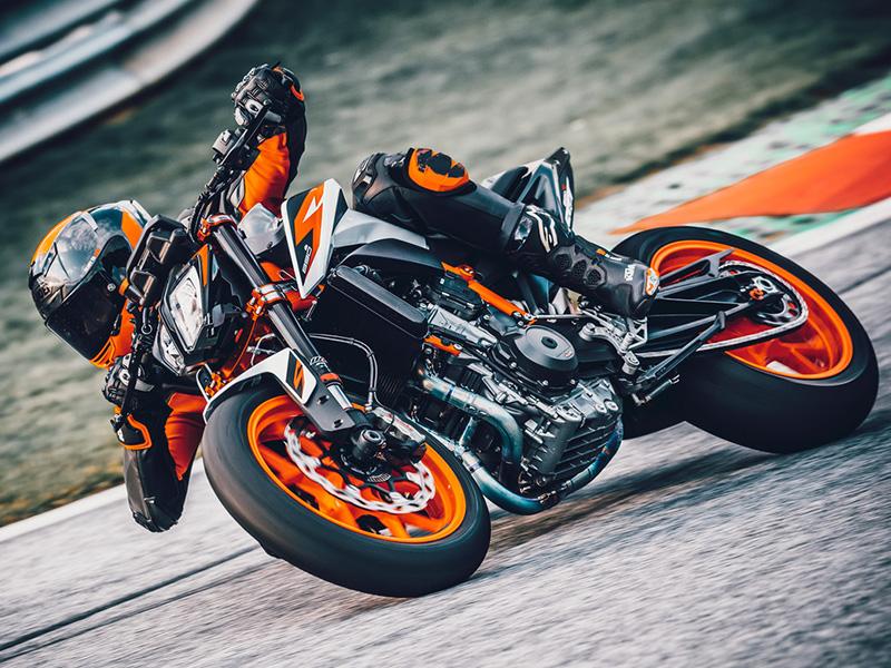 【KTM】正規ディーラー「広島オートバイ販売祇園店」が1/30にプレオープン 記事3