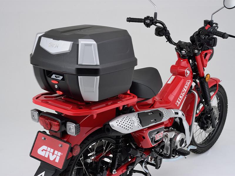 ハードなデザインが魅力のモノロックケース「GIVI B42N ANTARTICA シリーズ(ストップランプ無し)」が1月下旬発売 メイン