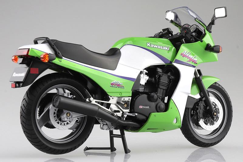 「ニンジャ」と言えばこれ! 塗装済みスケールモデル「1/12 完成品バイク KAWASAKI GPZ900R」が2021年5月にアオシマから発売予定 記事2