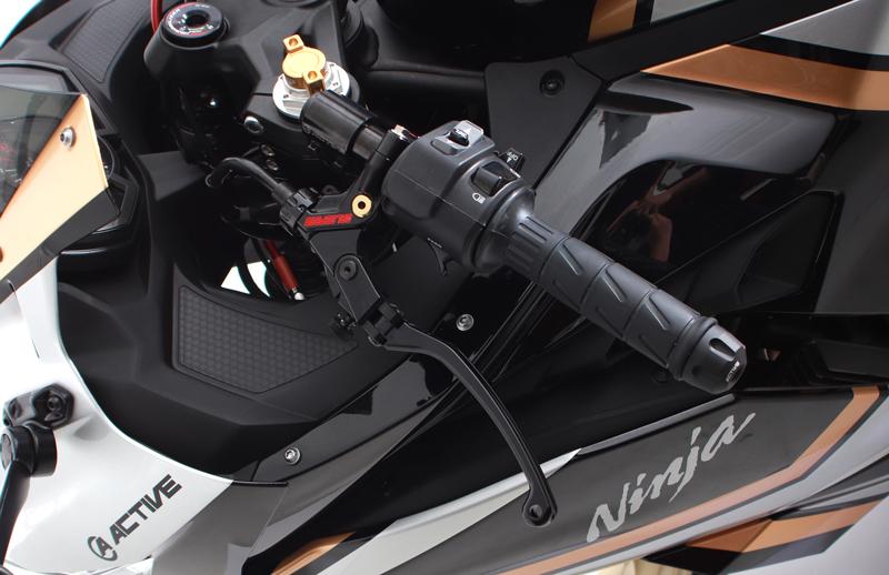 いつかはオレのマシンも! アクティブがショーモデル「Ninja ZX-25R 21 STREET CUSTOM STYLE」を公開 記事6