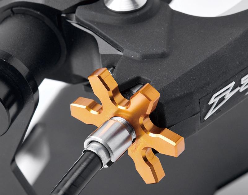クラッチレバーの軽さとタッチに拘るライダーに! ZETA「ウルトラライトクラッチパーチ」が5月下旬に発売 記事7