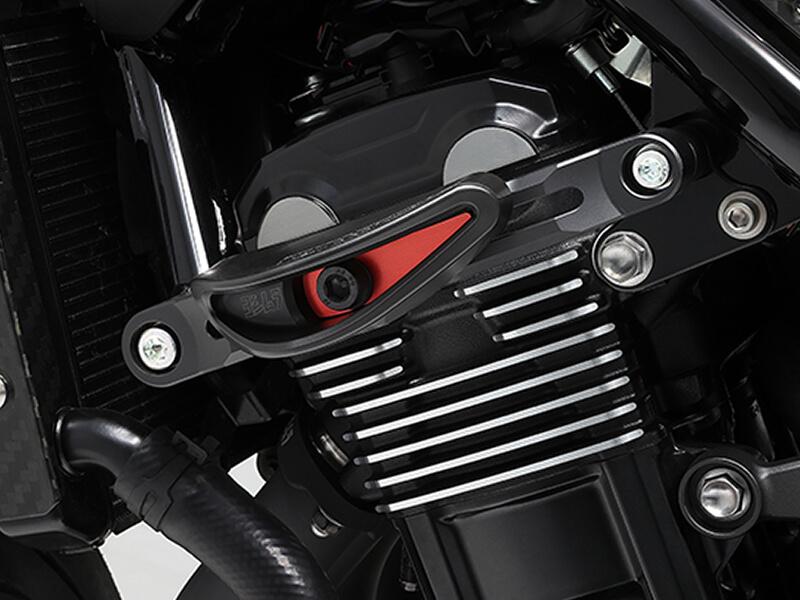 シャーシ損傷のリスクからバイクを護る!ヨシムラから Z900RSに適合する新型レーシングスライダーが5月下旬発売 メイン