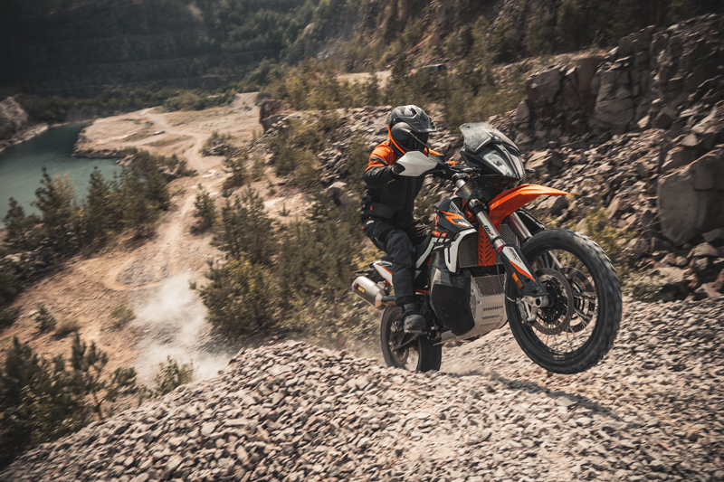 【KTM】抽選でバイクがもらえる!? チャレンジ型イベント「THE WORLD ADVENTURE WEEK」を7/5~11まで開催 記事4