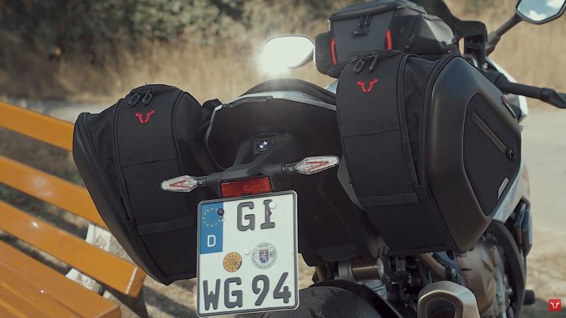 スタイリッシュな SW モテックのサドルバッグ「PRO BLAZE サドルバッグセット」がアクティブから発売中! 記事2
