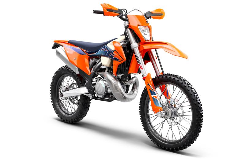 【KTM】さらなるパフォーマンスアップを果たした MY 2022 エンデューロモデル12機種を発表 記事4