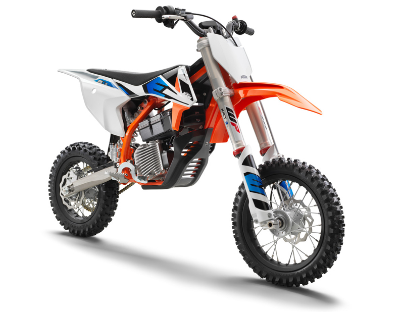 【KTM】MY 2022 モトクロスモデル「SX」シリーズ6機種・クロスカントリーモデル「XC」シリーズ5機種を発表 記事4