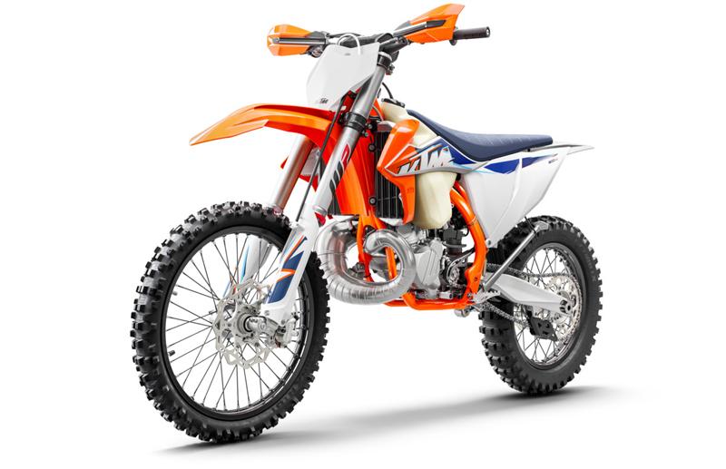 【KTM】MY 2022 モトクロスモデル「SX」シリーズ6機種・クロスカントリーモデル「XC」シリーズ5機種を発表 記事8