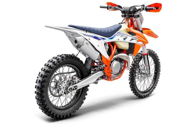 【KTM】MY 2022 モトクロスモデル「SX」シリーズ6機種・クロスカントリーモデル「XC」シリーズ5機種を発表 記事11