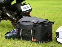 荷崩れしにくい大容量防水シートバッグ!「ターポリンシートバッグ ツアー DBT611-BK」がドッペルギャンガーから発売 メイン